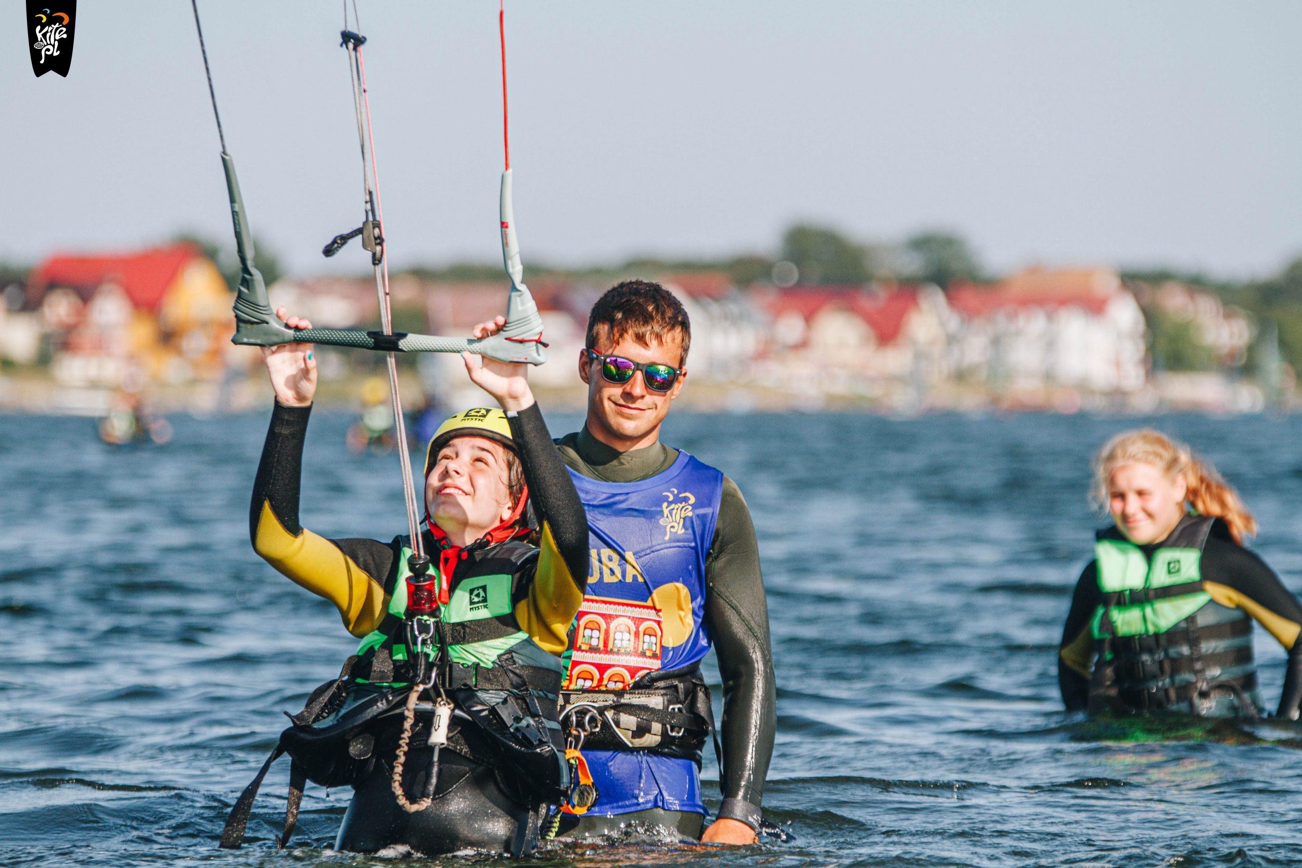 Nauka kitesurfingu w Chałupach